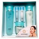 Набор отбеливающих средств для сухой и нормальной кожи 3W Clinic Excellent White Skincare 3 kit Set